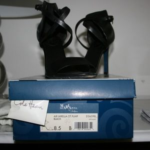 M Shariapova by Cole HAAS Ladies shoes size 8.5 for sale